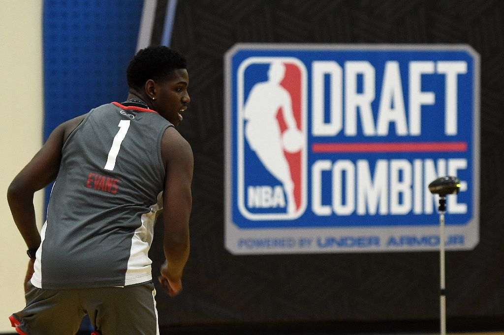 CHICAGO, IL - MAY 12:  Jawun Evans #1 participates in drills during Day Two of the NBA Draft Combine at Quest MultiSport Complex on May 12, 2017 in Chicago, Illinois.  NOTE TO USER: User expressly acknowledges and agrees that, by downloading and or using this photograph, User is consenting to the terms and conditions of the Getty Images License Agreement.  (Photo by Stacy Revere/Getty Images)