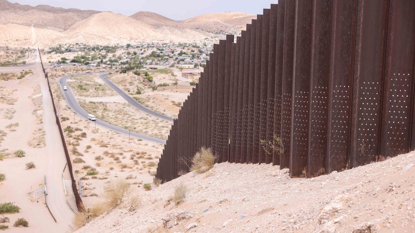 La cerca fronteriza transformó la dinámica de las ciudades vecinas entre los dos países.