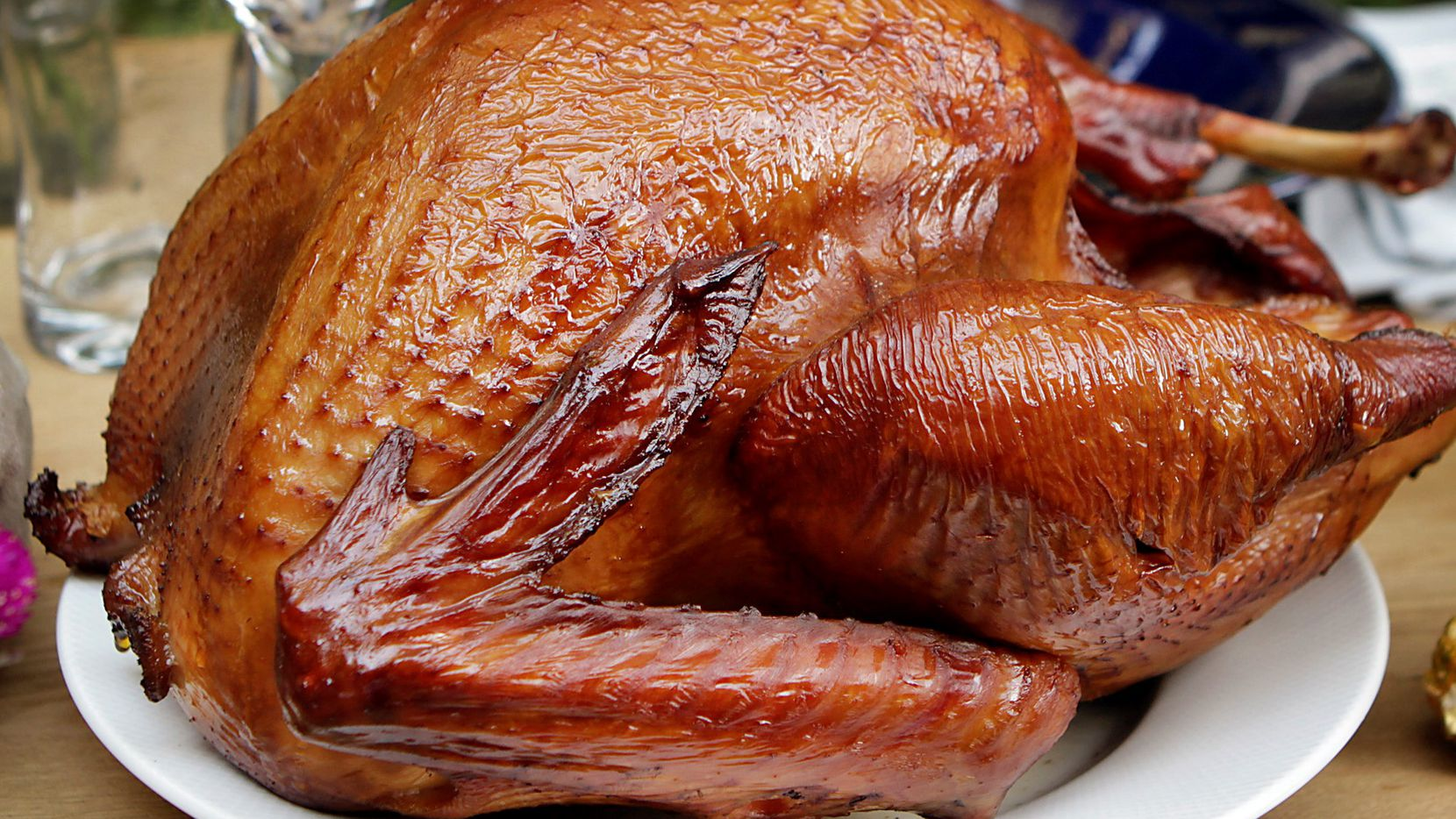 Hundreds of turkeys will be given away Saturday at Food Rite grocery in Oak Cliff.