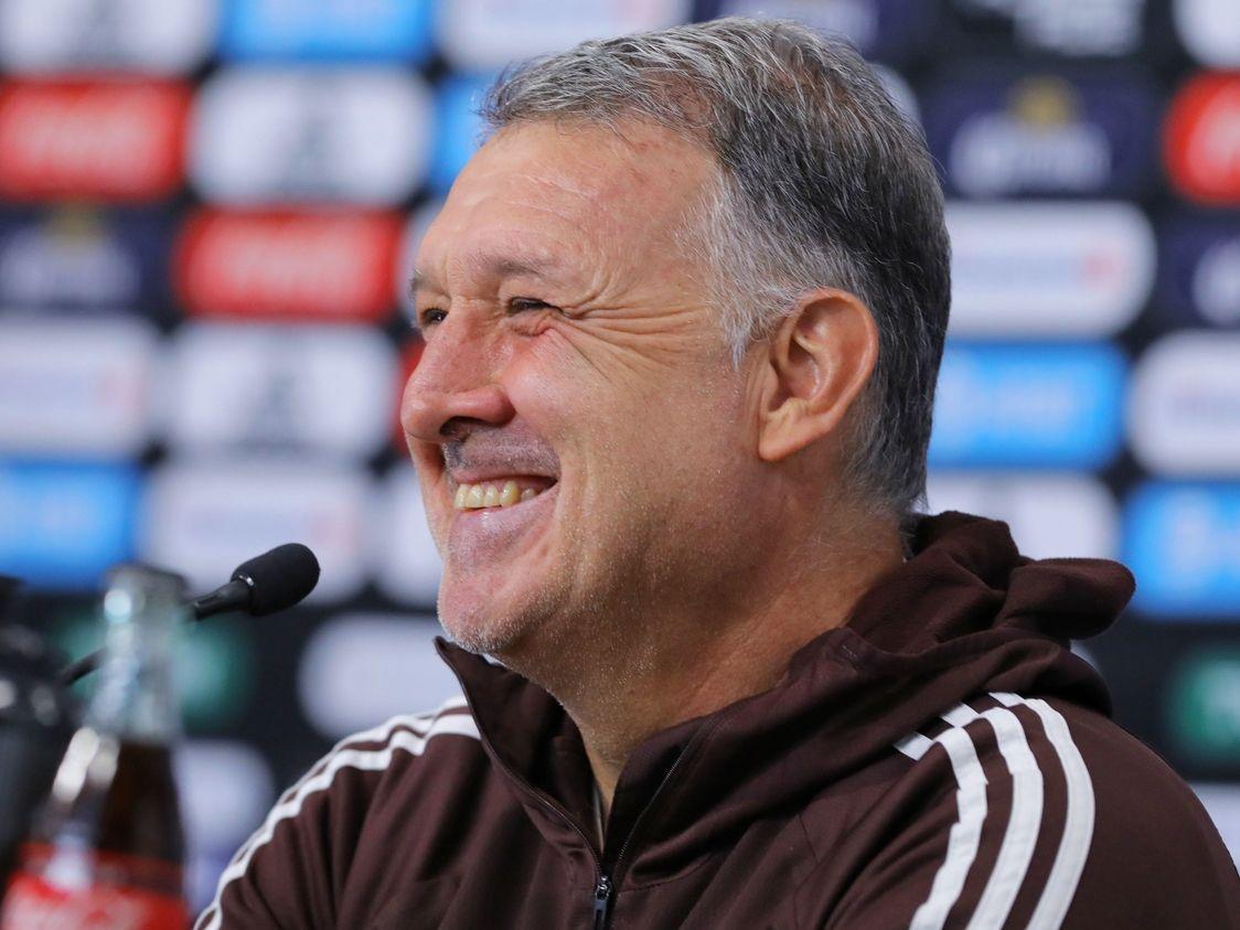 El técnico de la selección mexicana, Gerardo Martino, ahora sí puede sonreír porque le consiguieron un rival de buen nivel como lo es Colombia.