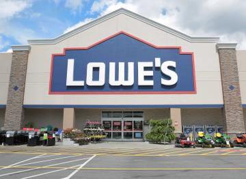 Lowe's announced Wednesday that it is handing out another round of bonuses to recognize its front-line employees for their work during the COVID-19 pandemic.