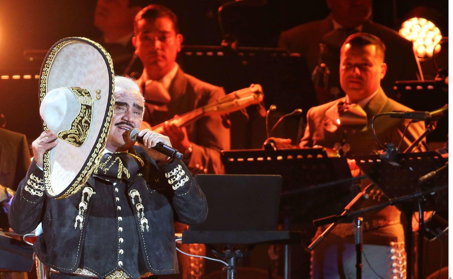 Vicente Fernández tiene 81 años. Se encuentra hospitalizado en Jalisco.