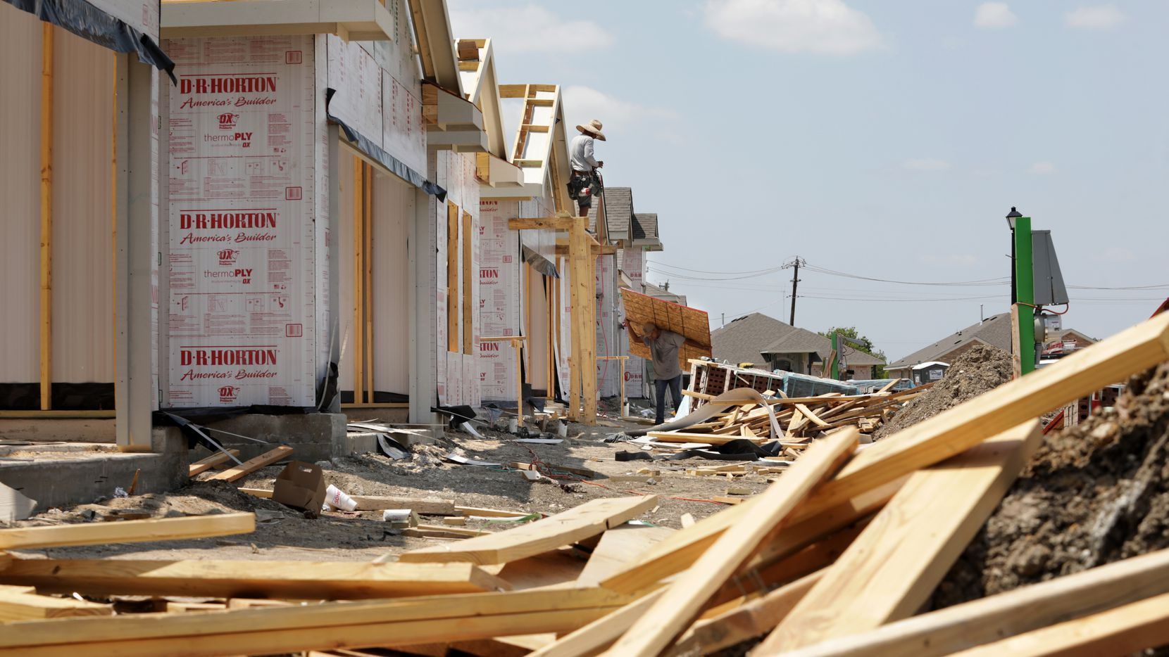 New homes being built in Glenn Heights as part of the Magnolia Meadows development in southern Dallas County.