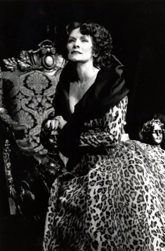Betty Buckley as Norma Desmond in the 1995 Broadway production of Sunset Boulevard.