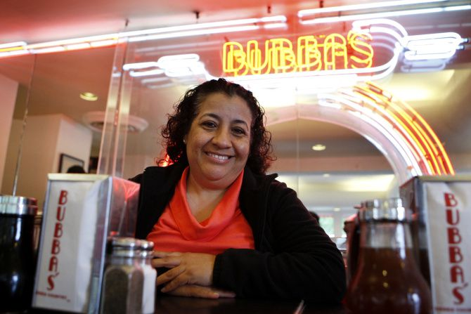 Bubba's Cooks Country employee Marcela Vargas