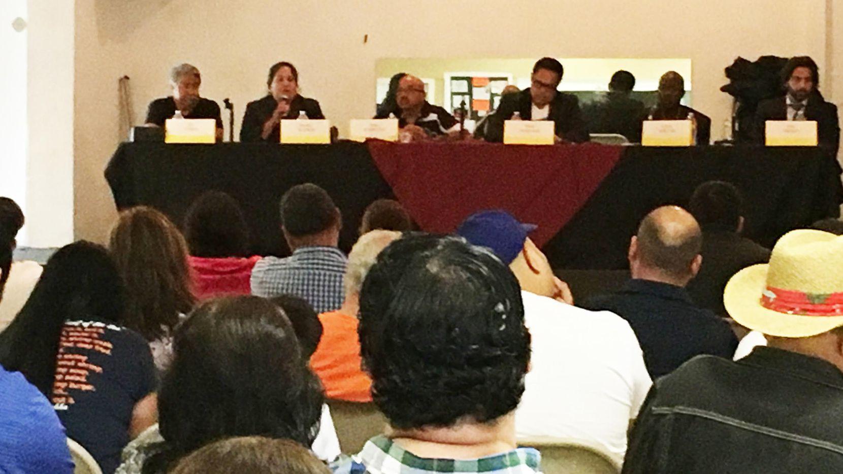 Los candidatos a concejal por West debatieron el 2 de abril. (KARINA RAMÍREZ/AL DÍA)