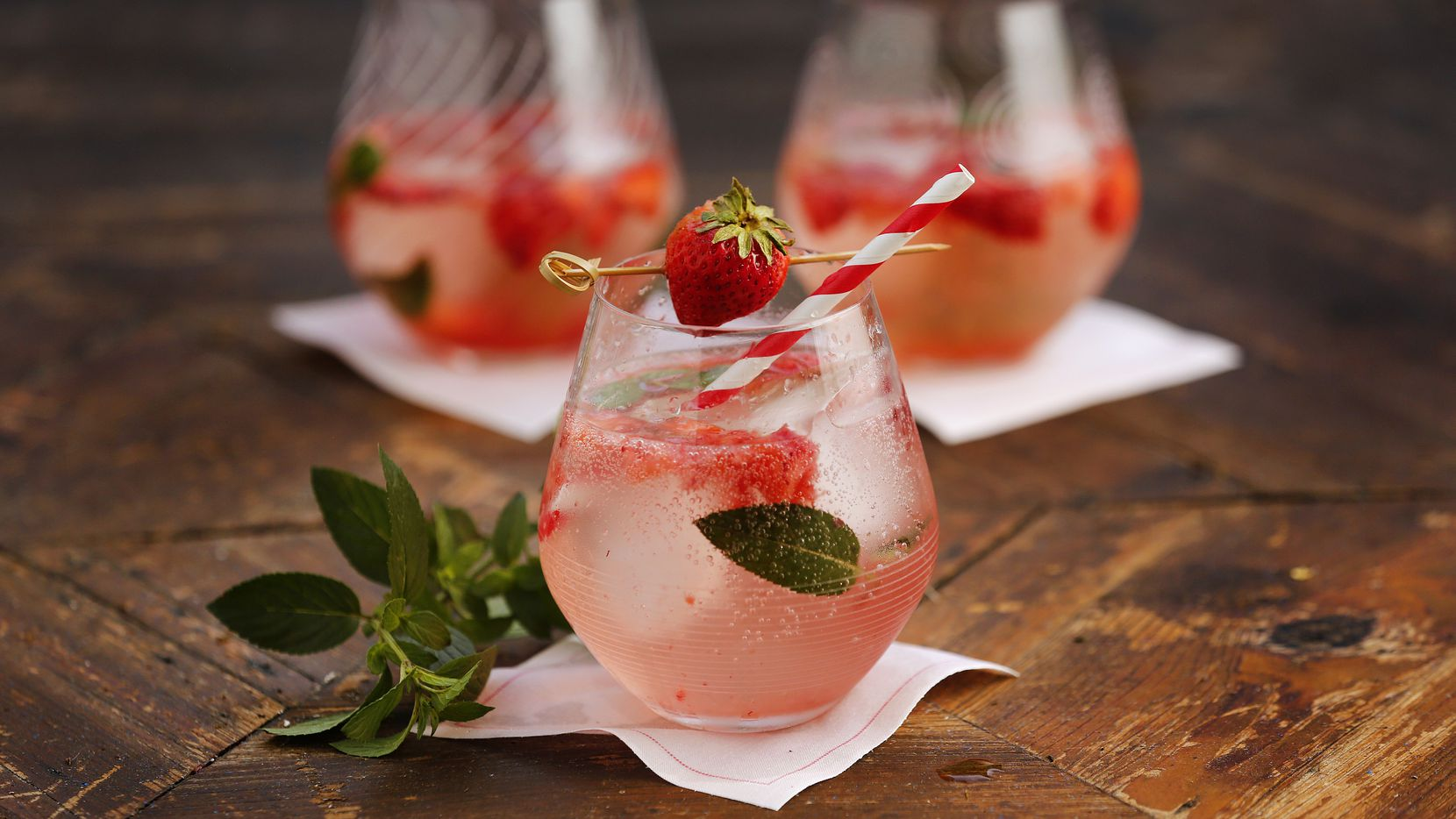 Strawberry mint freeze drinks made with Topo Chico