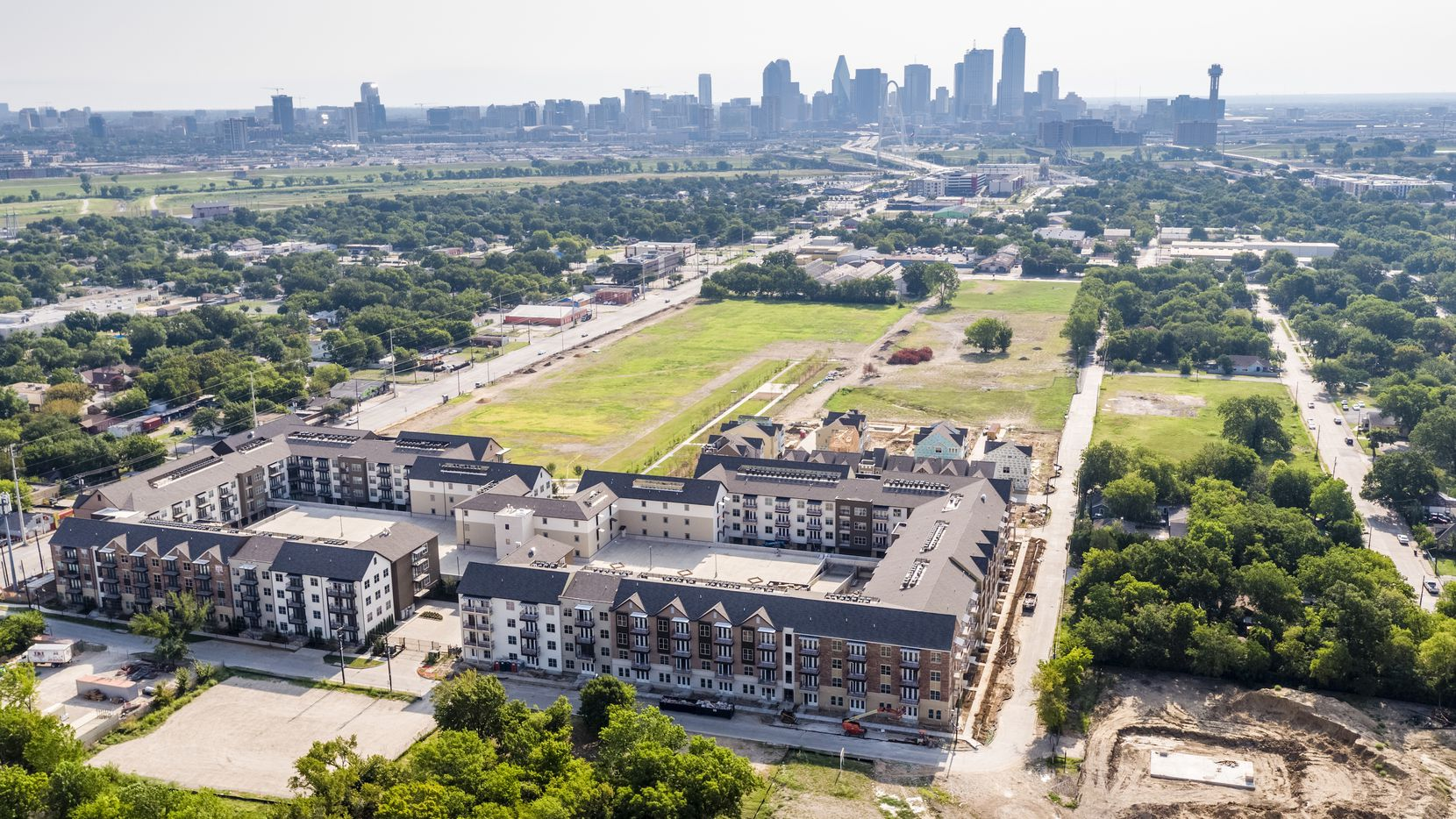 Developers are adding another 324 apartments at the Trinity Green mixed-use project in West Dallas.