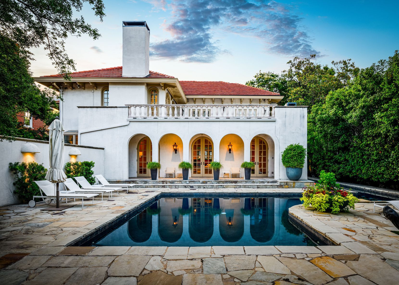 This 1920s family home at 3639 Beverly Drive in Highland Park boasts Spanish architectural and design elements well-preserved for nearly 100 years.
