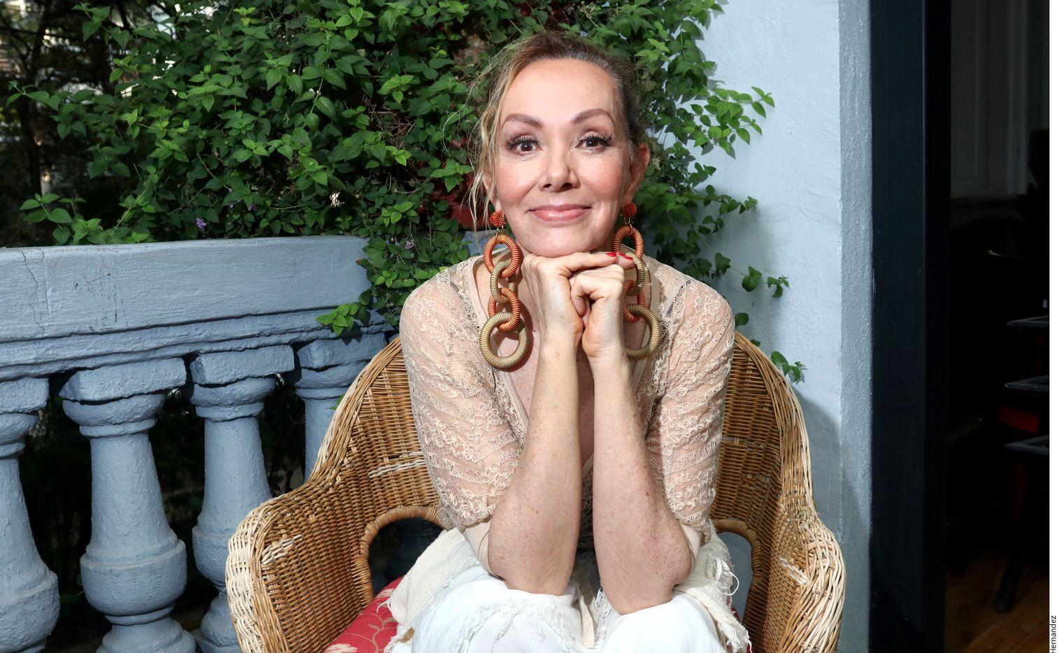 Para demostrar su evolución Anabel Ferreira, su espectáculo Viva La Diva Loca, que presenta en el Bataclán los sábados de marzo (excepto el 30) y de abril. (AGENCIA REFORMA)