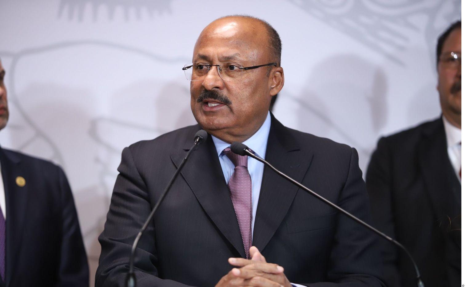 René Juárez Cisneros, coordinador de los diputados del PRI y ex gobernador de Guerrero, murió este lunes, confirmó Héctor Astudillo.