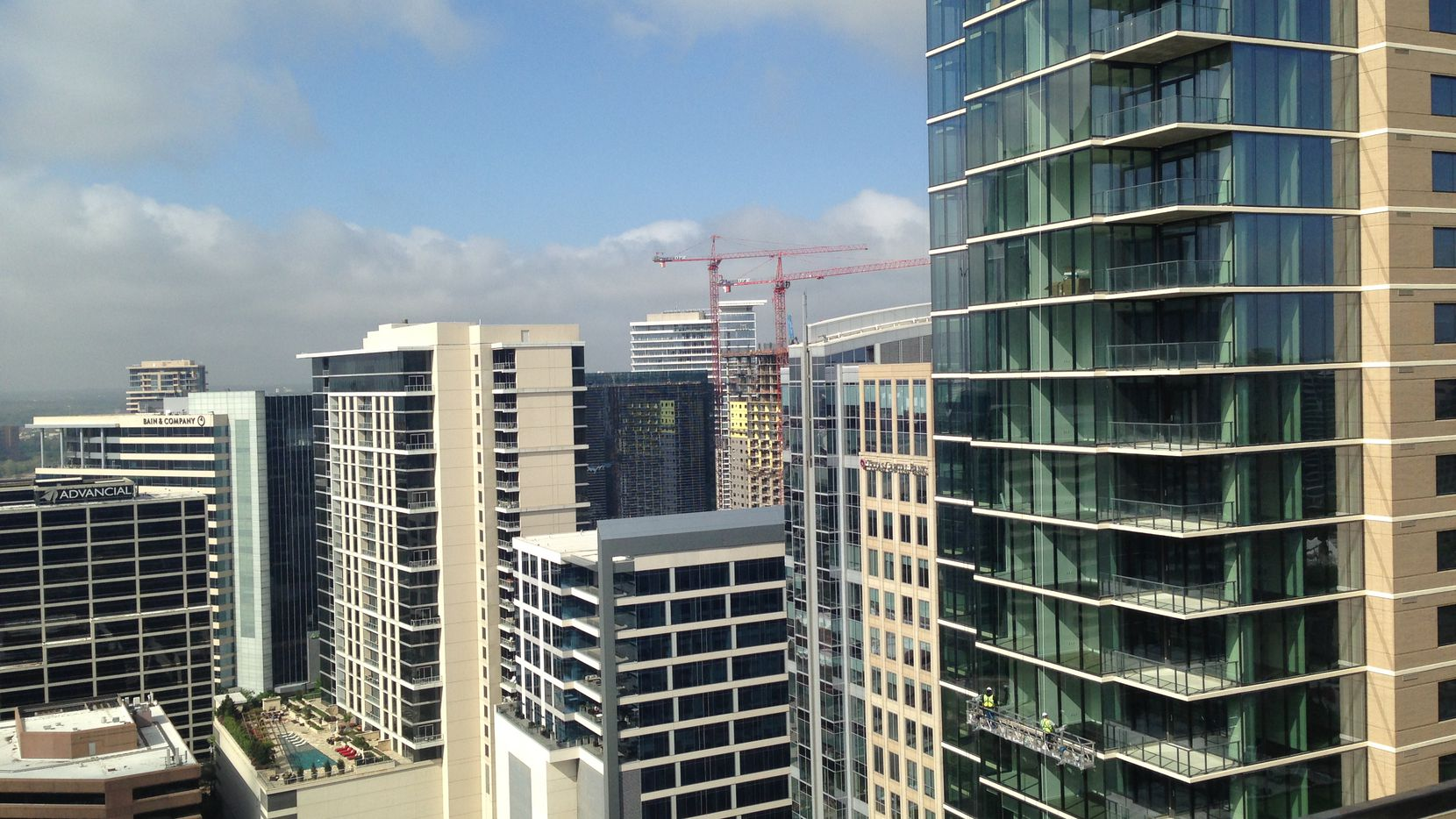 Recently completed buildings in Dallas' Uptown and downtown areas are almost 80 percent leased.