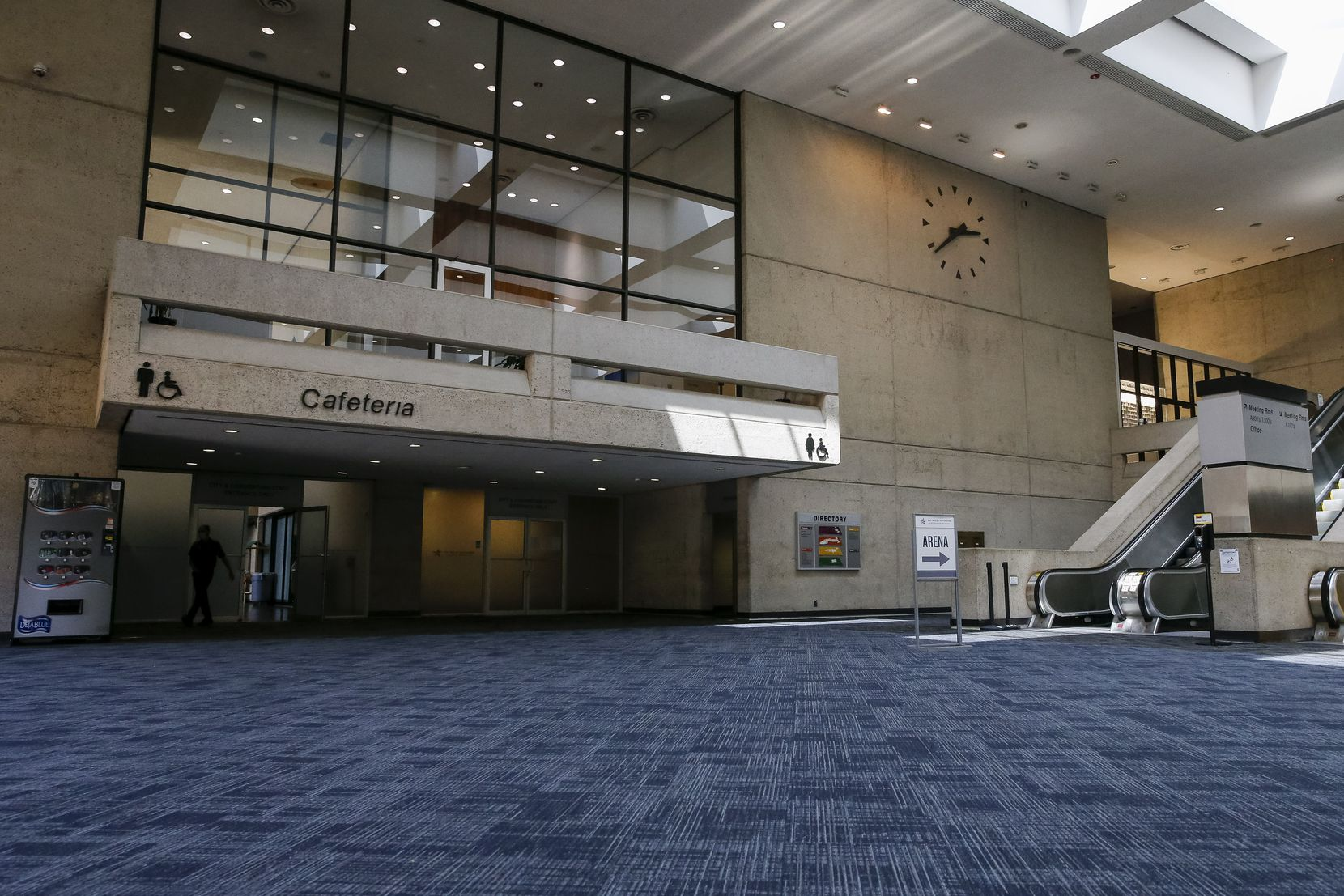The A lobby at the Kay Bailey Hutchison Convention Center is part of the 1970 expansion. Proponents for the overhaul say that without major improvements, the convention business in Dallas will lose out to other cities.