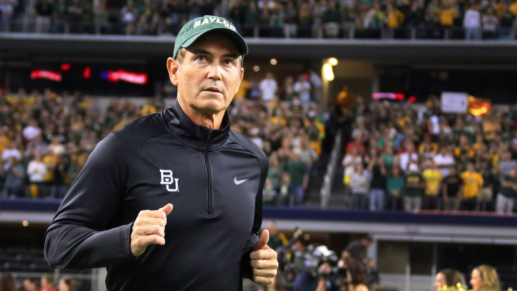 Baylor head coach Art Briles takes the field before the Texas Tech University Red Raiders vs. the Baylor University Bears NCAA football game at AT&T Stadium in Arlington on Saturday, November 16, 2013.  (Louis DeLuca/Dallas Morning News) / mug - mugshot - headshot - portrait / 12072013xSPORTS