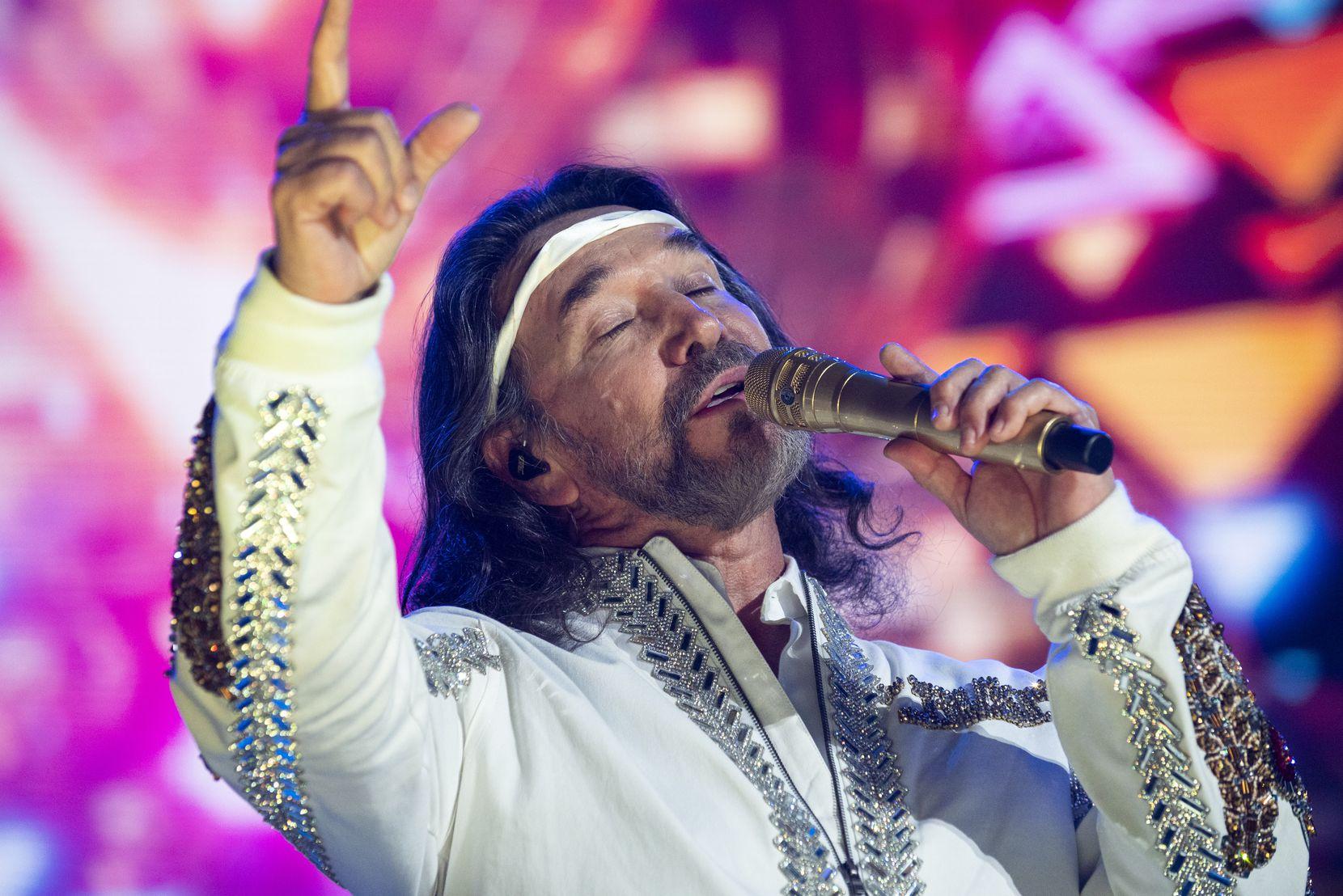 El legendario grupo mexicano Los Bukis se presentó en concierto en el AT&T Stadium de Arlington el miércoles 15 de septiembre de 2021.