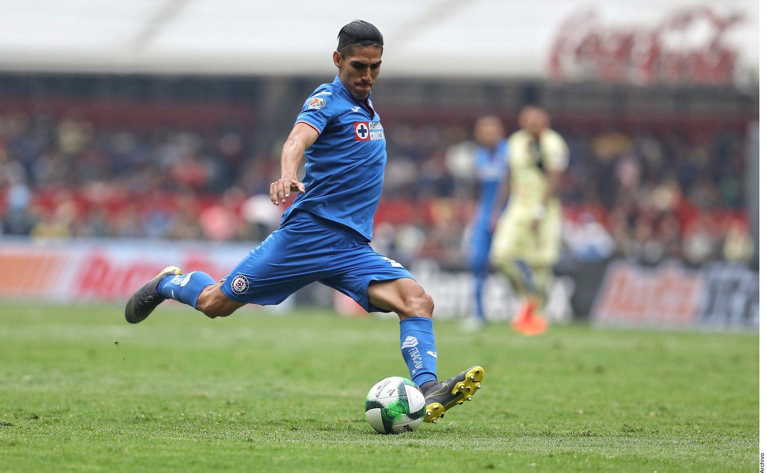 José Madueña está cerca de las Chivas. Antes, jugó con Tijuana, Dorados, América, Atlas y Cruz Azul.