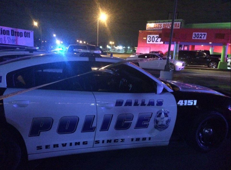 La policía reportó el incidente en el que un hombre murió, presuntamente un asalatnte, afuera de los Billares Reforma, en West Northwest Highway.(DPD)
