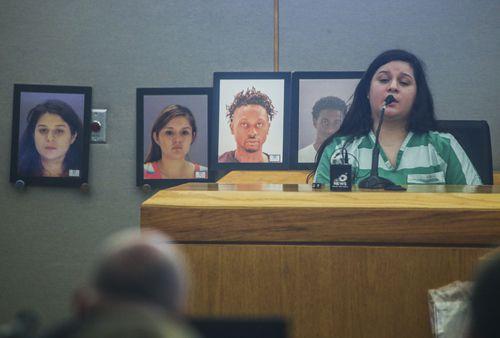 Crystal Cortés testifica en el caso contra Brenda Delgado. Cortés condujo el vehículo de escapatoria junto al sicario que mató a Kendra Hatcher. RYAN MICHELESKO/DMN
