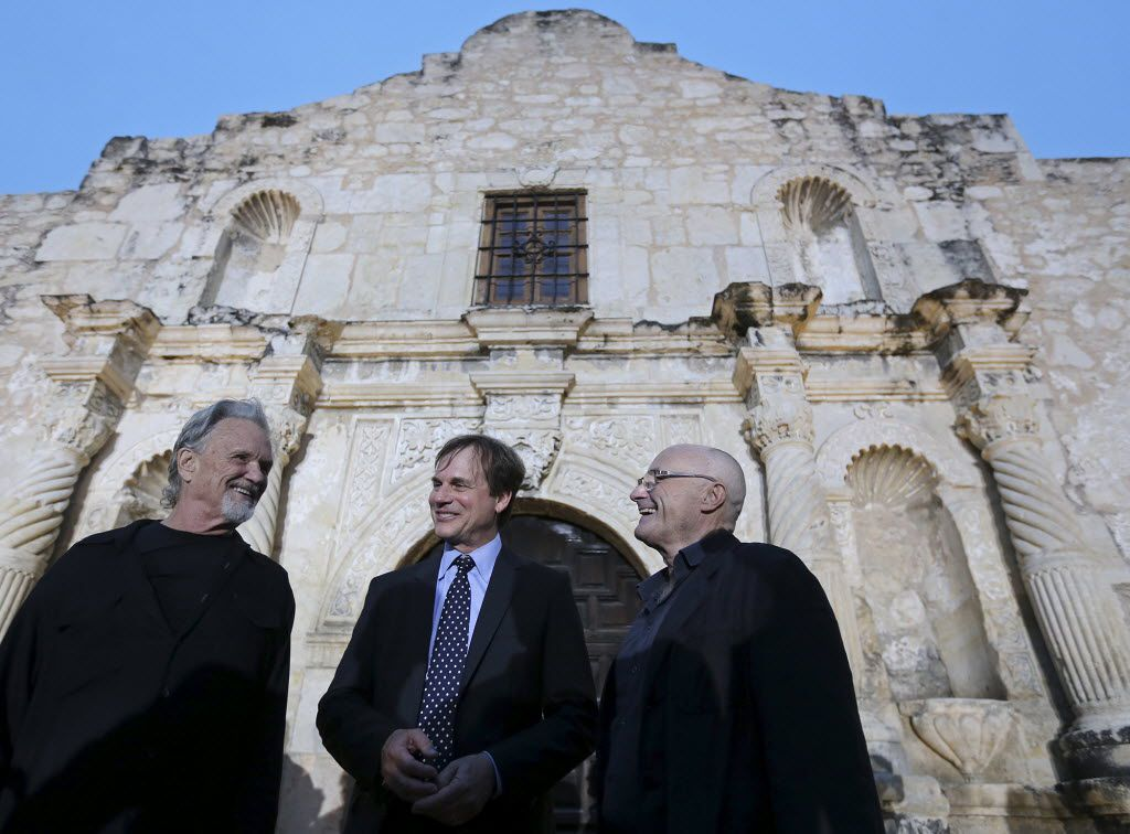 From left, Kris Kristofferson, Bill Paxton and Phil Collins remember the Alamo in 2005  (Edward A. Ornelas/The San Antonio Express-News via AP)