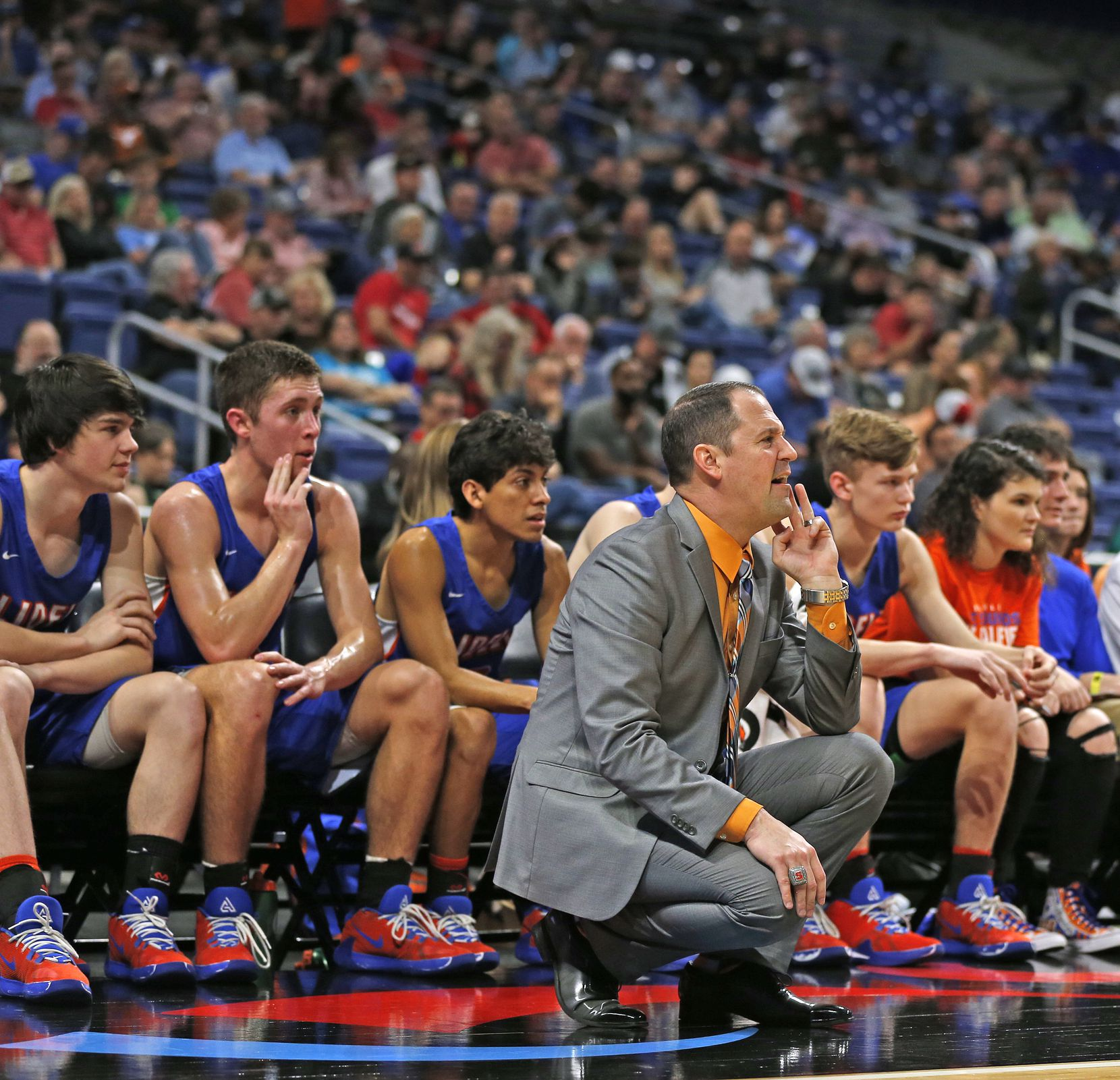 Slidell head coach Casey Pierce yells out instruction to his team. Slidell defeated Jayton 45-28 in a Class 1A semifinal game on Thursday, March 12, 2020 at the Alamodome.