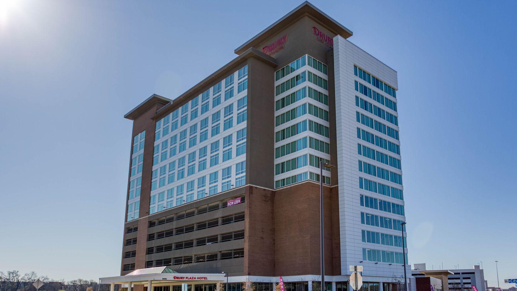 The new Richardson Hotel is on U.S. 75.