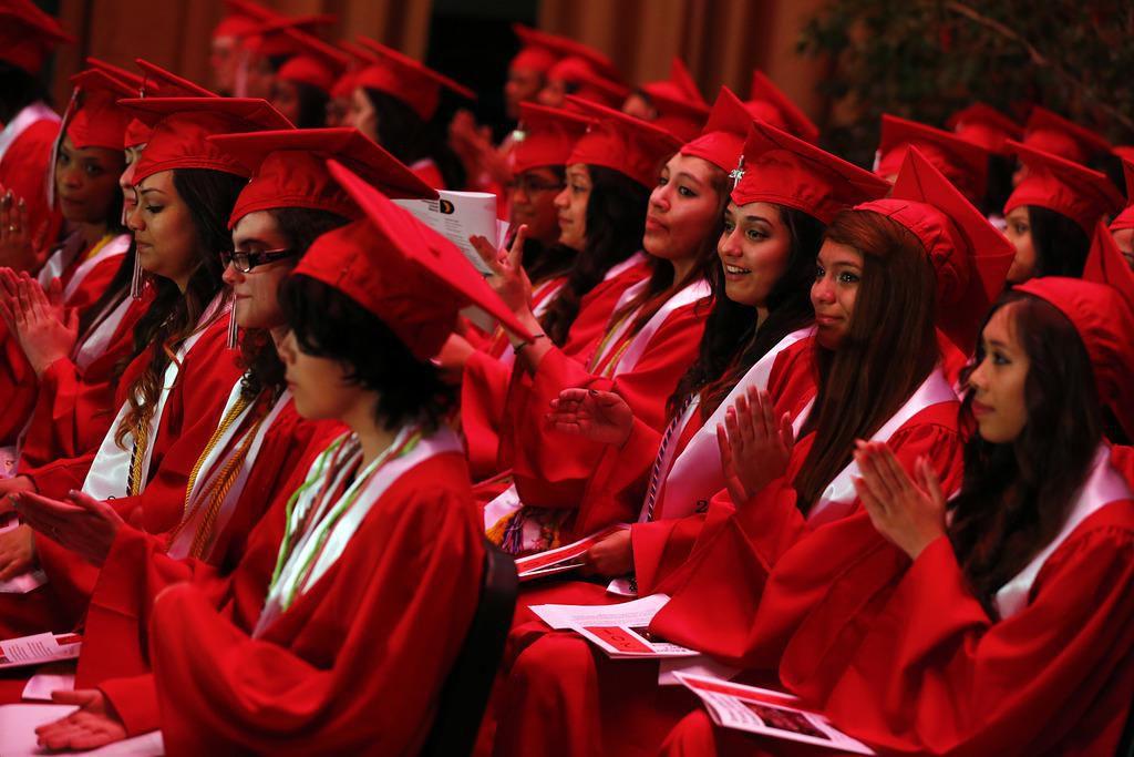 El 100% de las estudiantes de la preparatoria Irma Rangel se gradúa, todas –con poquísimas excepciones– van a la universidad. (DMN/TOM FOX)