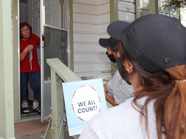 DALLAS, TX - AUGUST 5: Mrs. Emma Garza, 85 years old, receives at home an invitation from Volunteers The Concilio Moms of the Community Action Network Group of Bachman Lake to fill out the 2020 Census in Dallas, TX. (Photo Omar Vega / Al Dia Dallas)