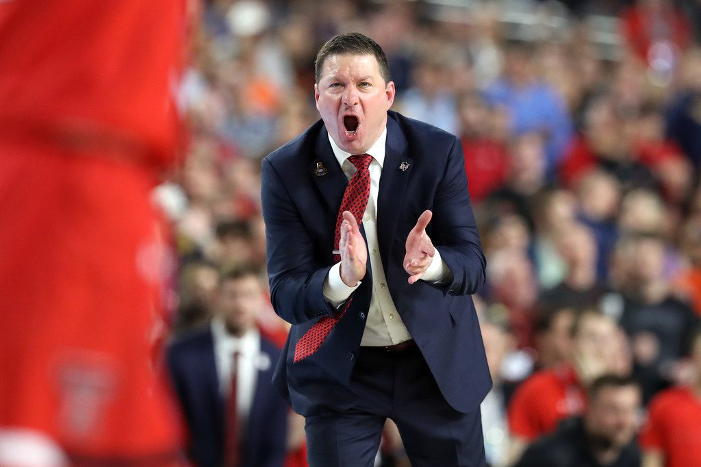 MINNEAPOLIS, MINNESOTA - APRIL 08:  Head coach Chris Beard of the Texas Tech Red Raiders reacts against the Virginia Cavaliers in the second half during the 2019 NCAA men's Final Four National Championship game at U.S. Bank Stadium on April 08, 2019 in Minneapolis, Minnesota. (Photo by Streeter Lecka/Getty Images)