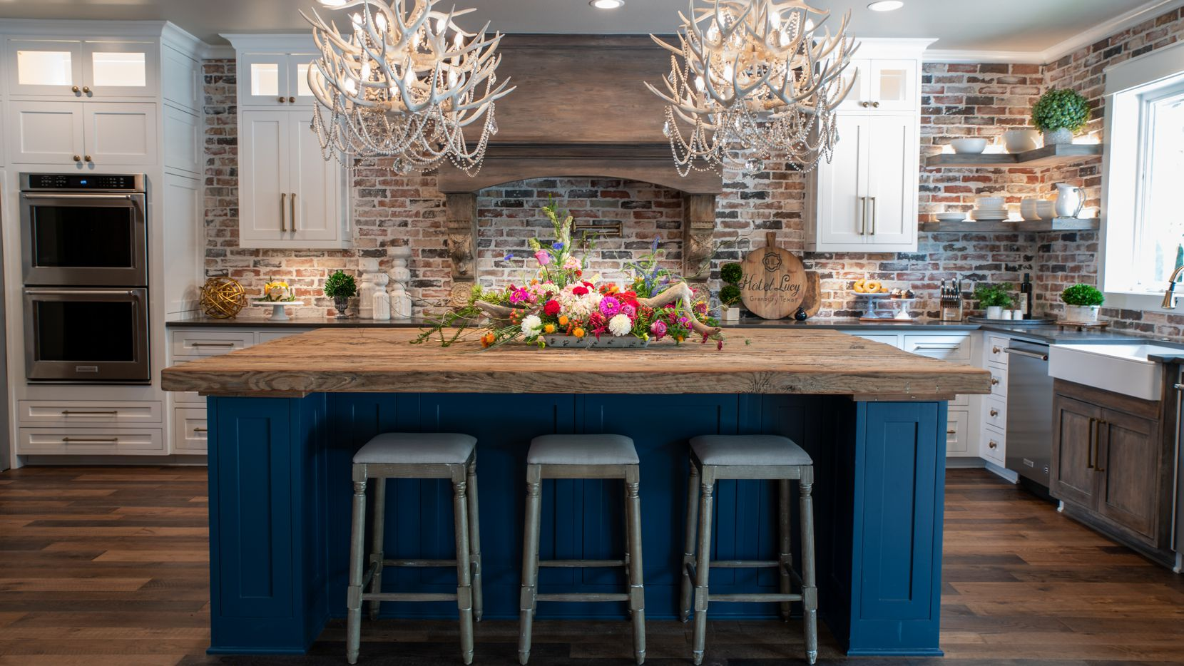 Guests can enjoy a chef-style kitchen at Hotel Lucy in Granbury.