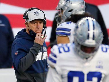 Mike Nolan no entregó los resultados que se esperaban de él como coordinador defensivo de los Cowboys de Dallas.