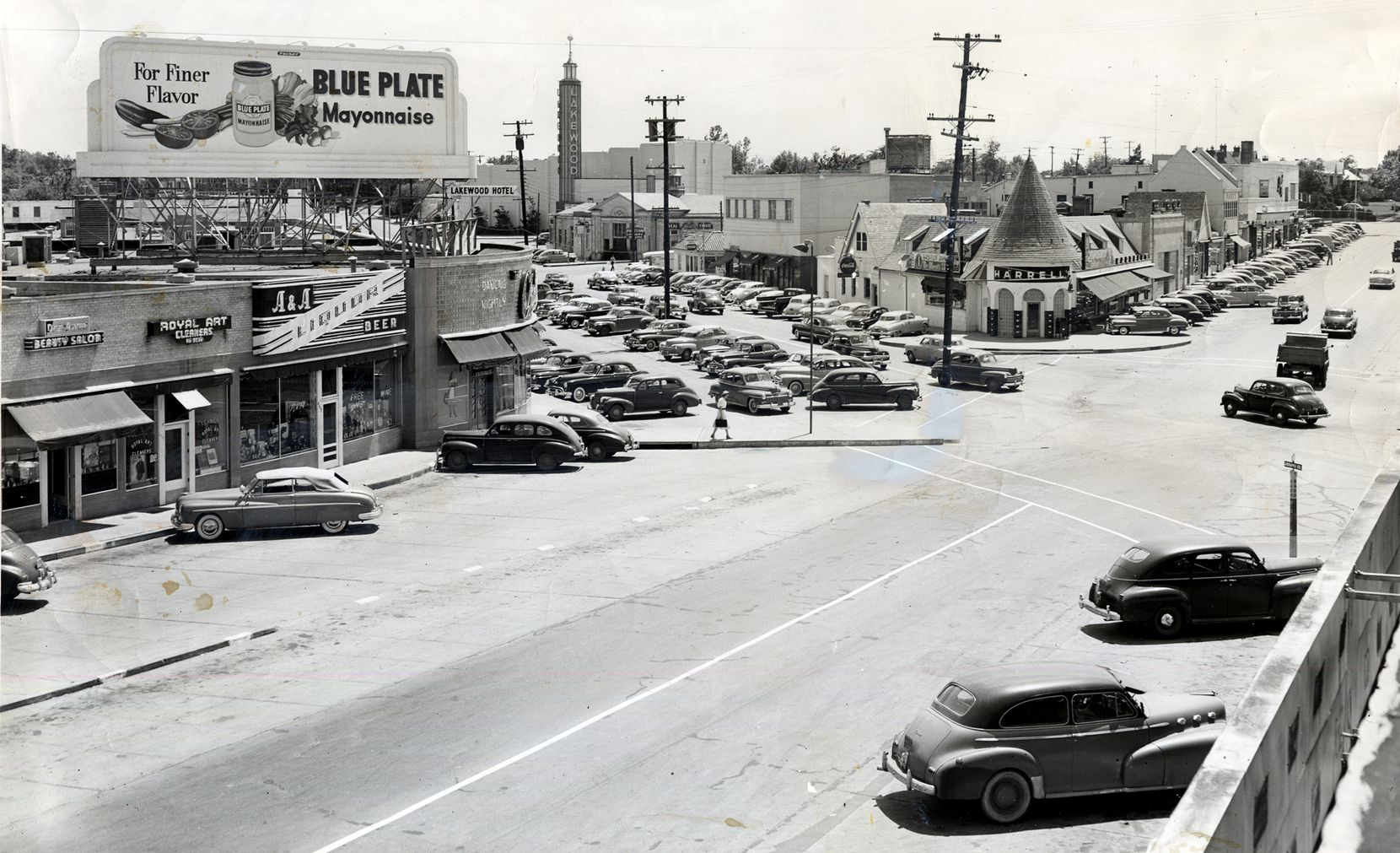 A 1949 photo shows the just sold section of Lakewood shopping center on the left.
