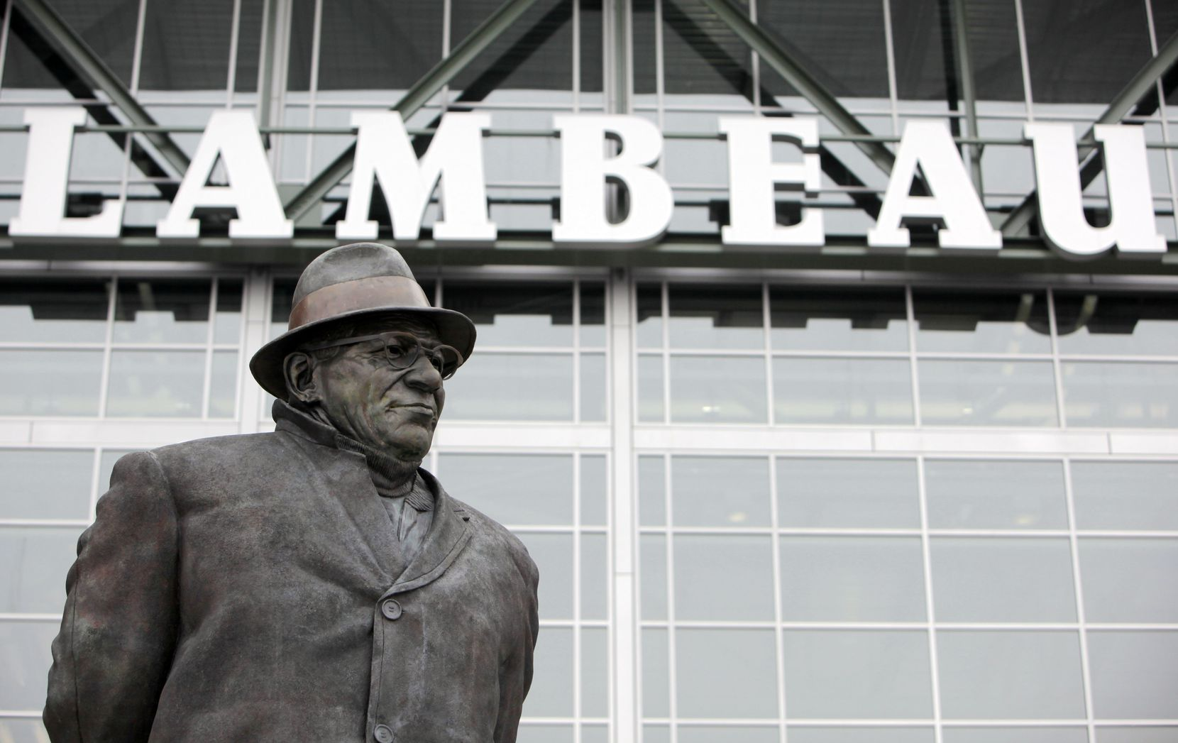 A statue of Vince Lombardi stands in front of Lambeau Field in Green Bay, on January 25, 2011. The Packers defeated the Bears 21-14 in the NFC championship to earn a trip to the Super Bowl at Cowboys Stadium.