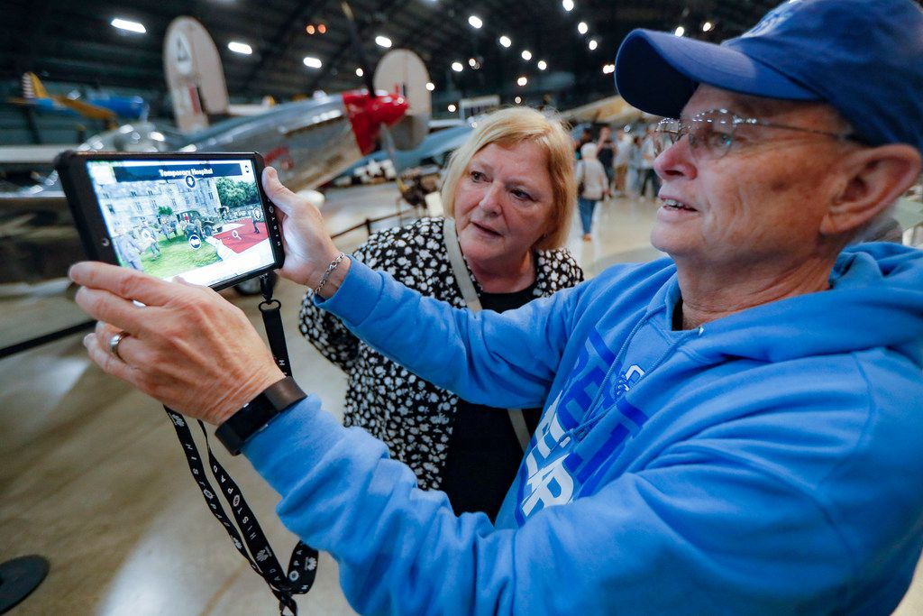 Deane Sage of Louisville, Ky., and his wife, Cathy, got an early look at the HistoPad at the National Museum of the U.S. Air Force in Dayton, Ohio.