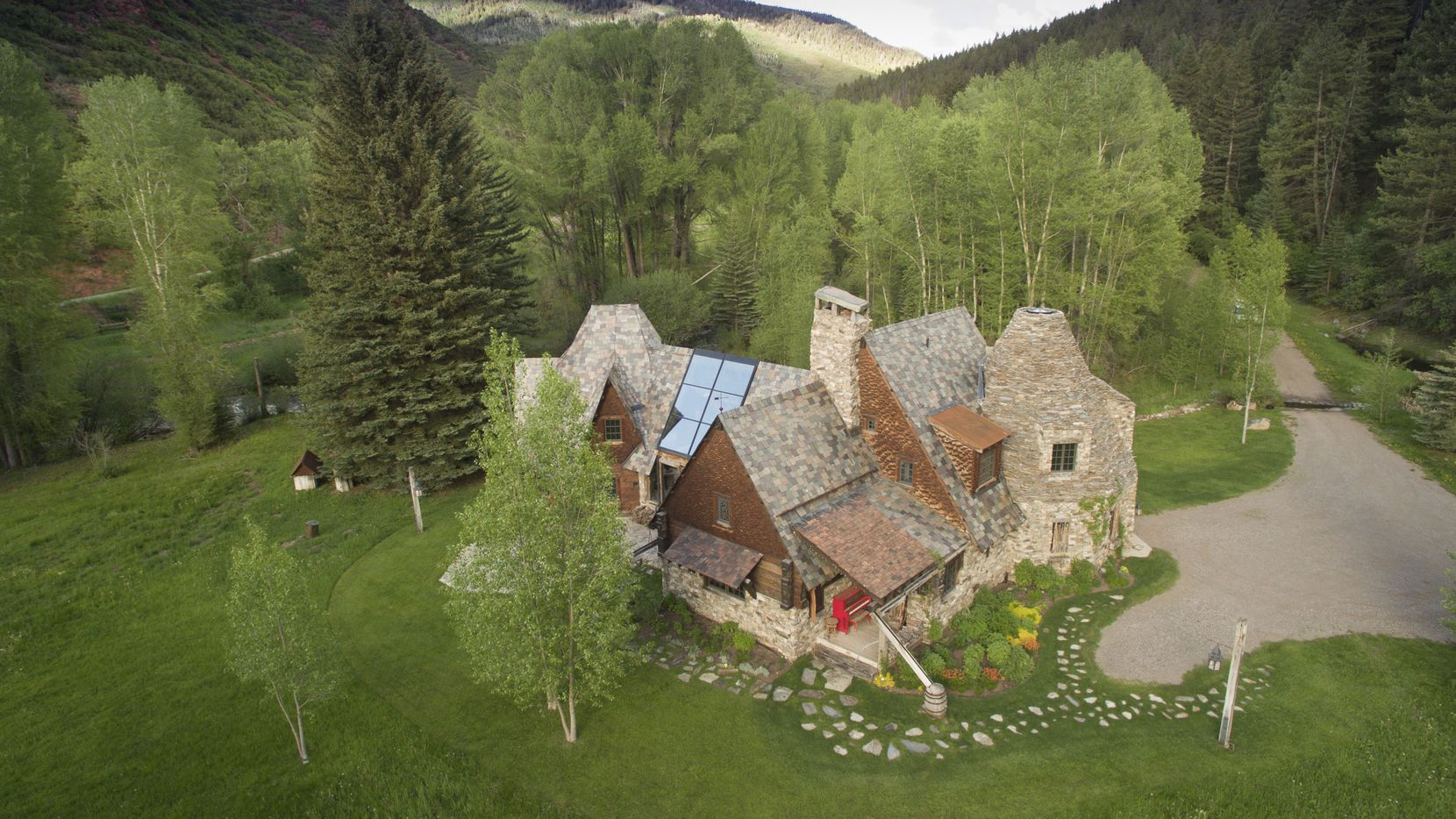 One of the six homes on a sprawling Colorado ranch that sold for nearly $13 million in August to Mehrdad Moayedi, chief executive of Centurion American Development Group, one of Dallas-Fort Worth's largest residential builders.