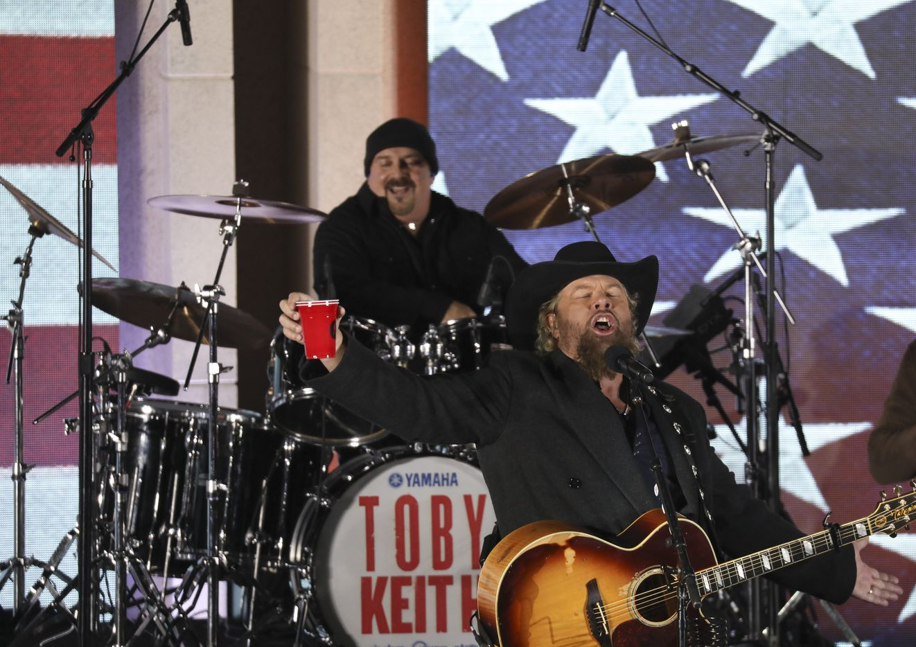 Toby Keith performs at the Lincoln Memorial during an inaugural concert and show on the eve of President-elect Donald Trump's inauguration in Washington, Jan. 19, 2017.