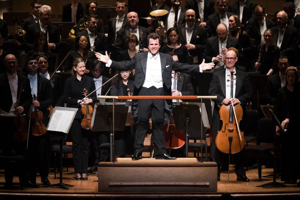 Guest Conductor Jakub Hrusa presents the orchestra for applause at the Dallas Symphony Orchestra's performance Feb. 23, 2017, at the Meyerson Symphony Center in Dallas. (Andrew Buckley/Special Contributor)
