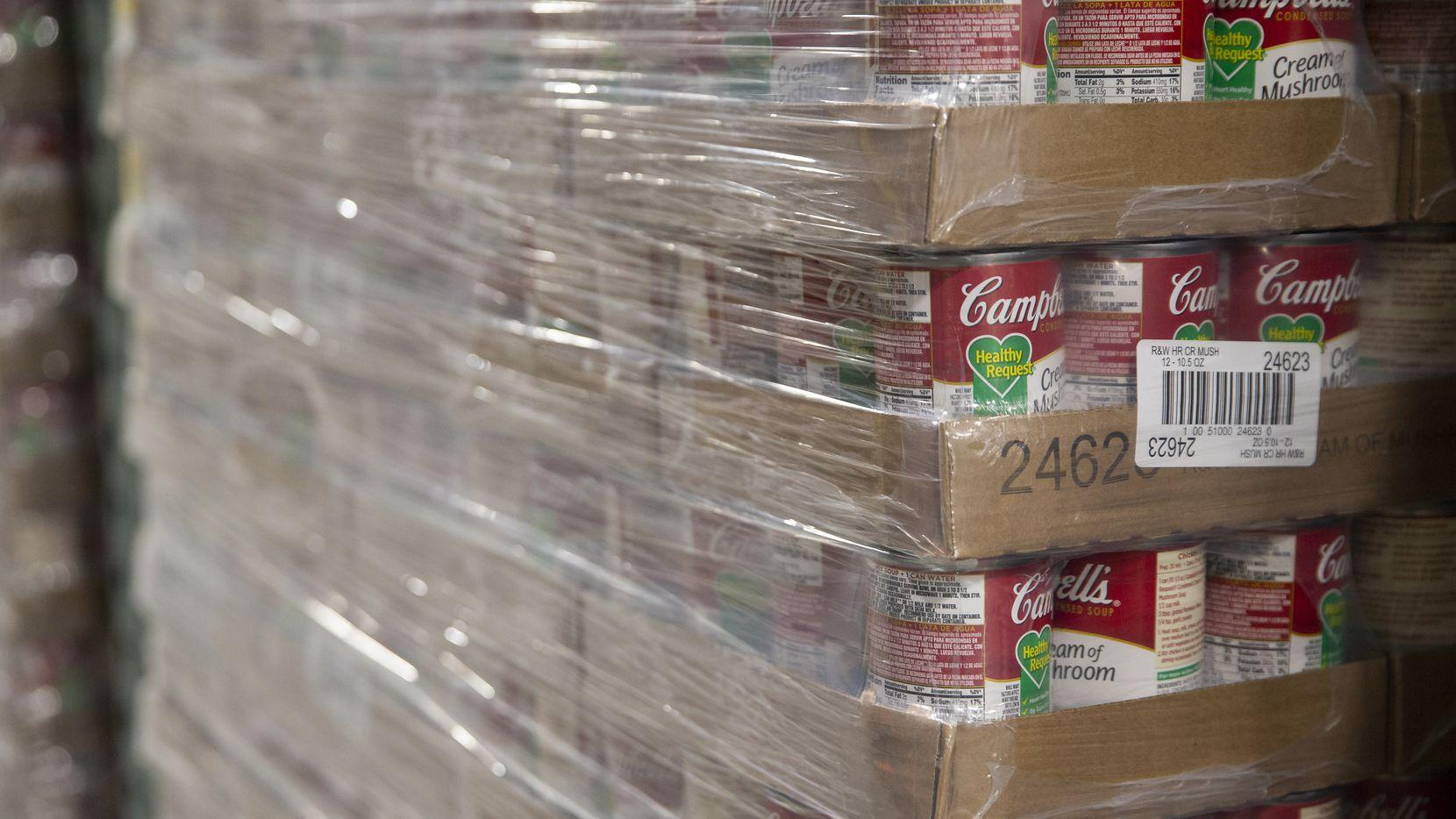 El NTFB suele tener abundante comida enlatada, pero en la actual crisis algunos alimentos están escaseando, dijeron.