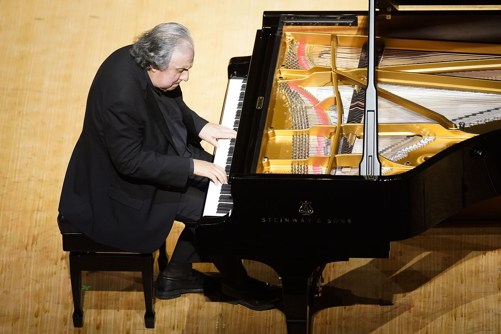 Pianist Yefim Bronfman performs during the season-opening Dallas Symphony concert at the Meyerson Symphony Center on Thursday, Sept. 10, 2020, in Dallas.