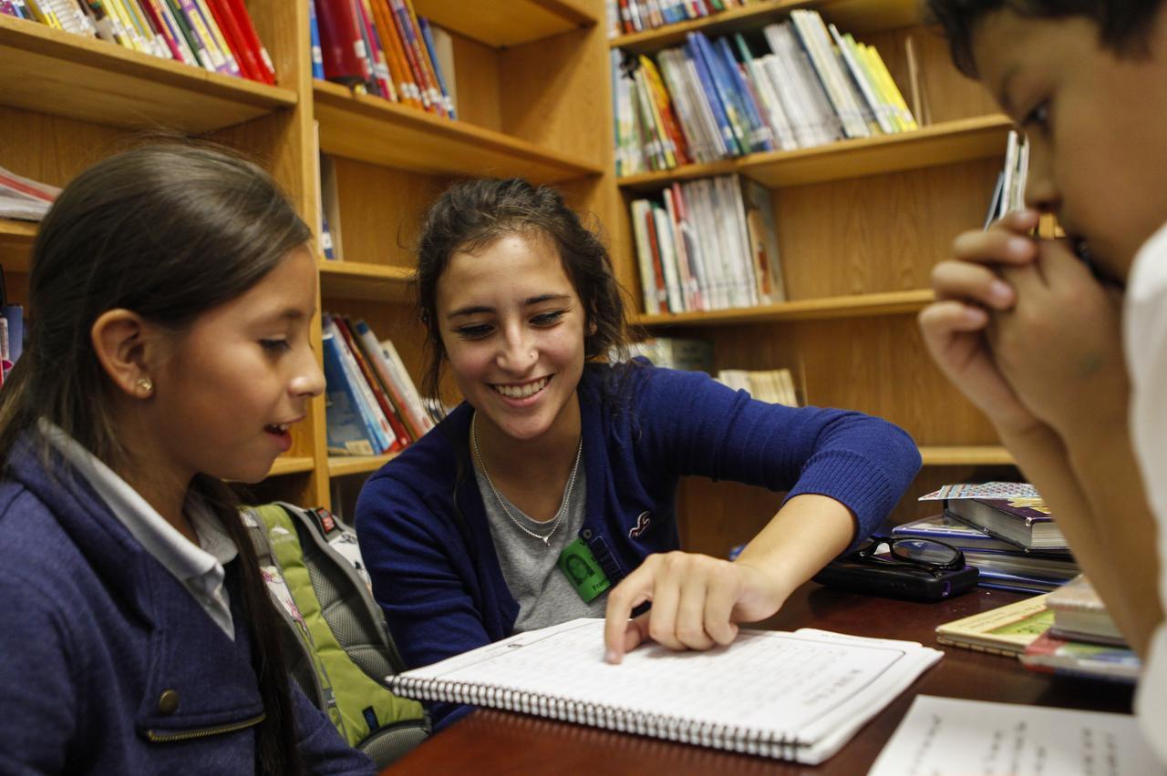 Brooke López trabajó como tutora voluntaria en la primaria Anne Frank, en Dallas. (DMN/JIM TUTTLE)