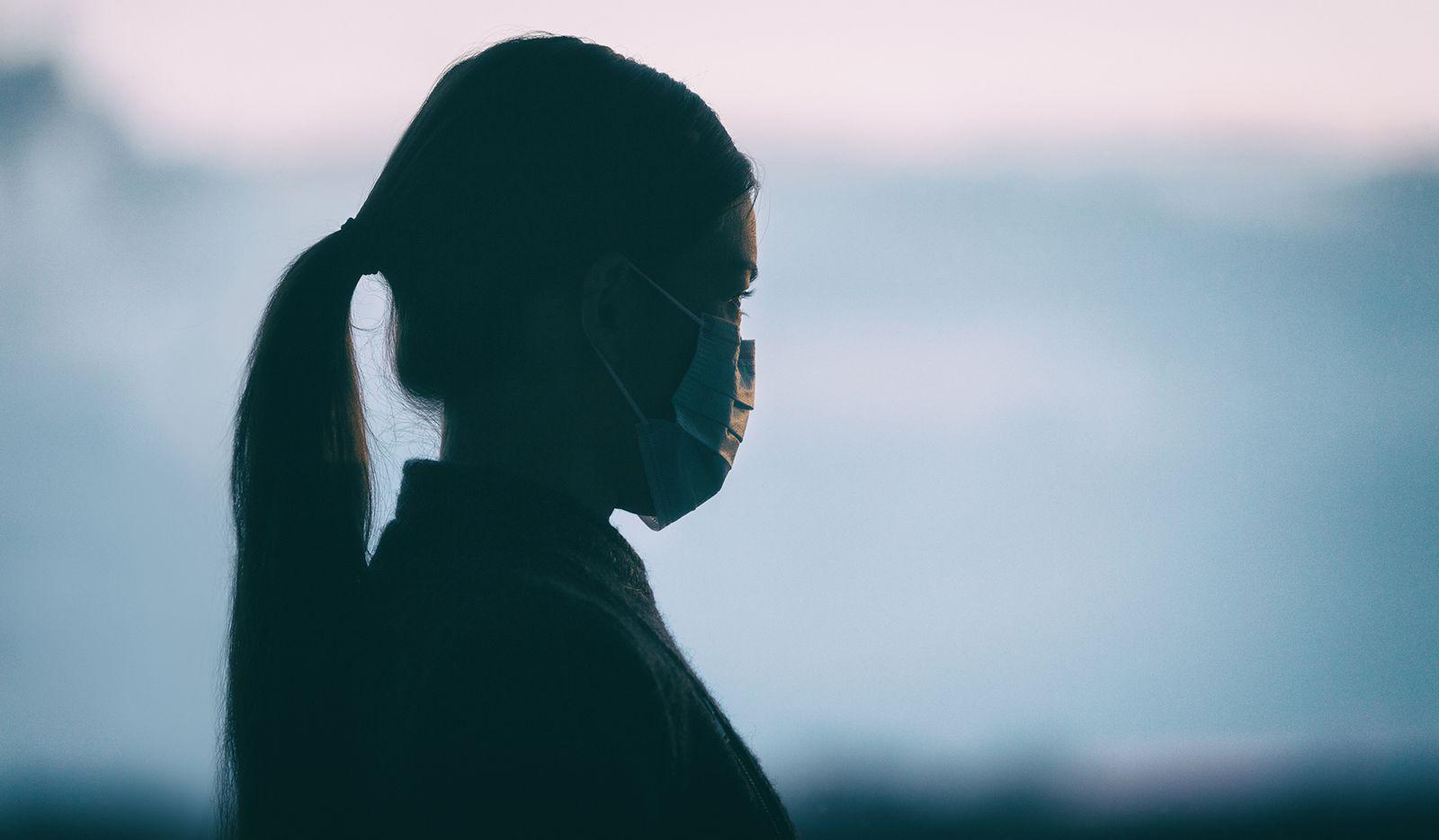Luego de casi un año de confinamiento debido a la pandemia, los casos de depresión y ansiedad entre niños y jóvenes han aumentado marcadamente.