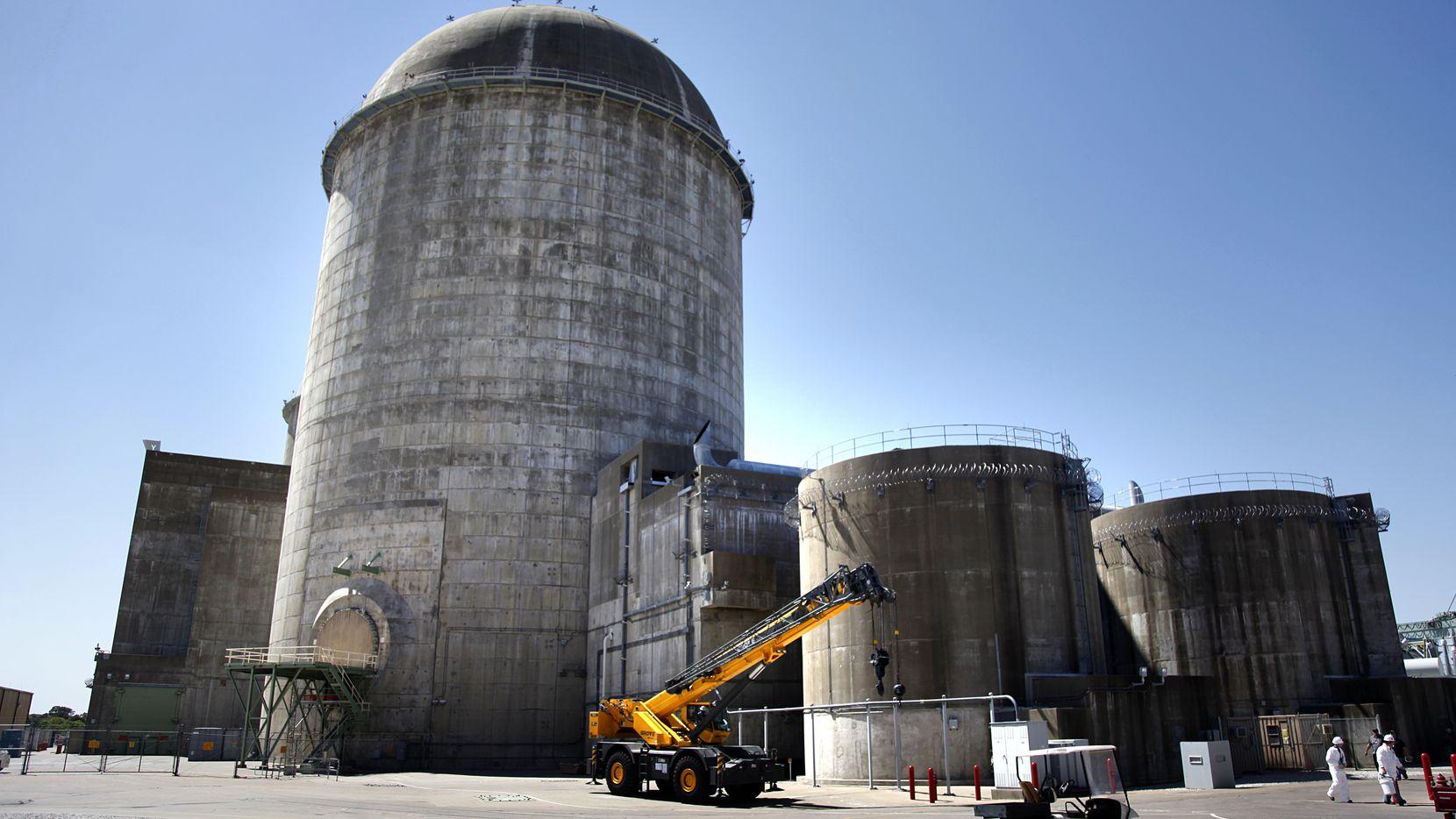Esta es la unidad 2 de la planta nuclear Comanche Peak en Glen Rose. Una de las unidades está sin funcionar luego de un incendio en un transformador.