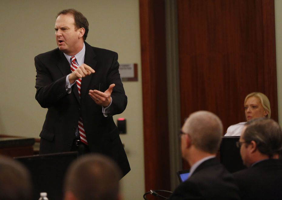 Special prosecutor Bill Wirskye points at Eric Williams as he gives closing arguments during the punishment phase of the Eric Williams capital murder trial in December 2014. Williams was sent to death row in the murders of Kaufman District Attorney Mike McLelland, his wife, Cynthia, and prosecutor Mark Hasse in 2013. (Vernon Bryant/Staff Photographer)