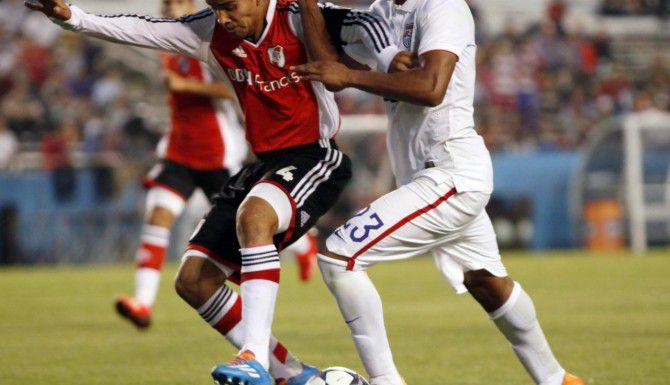 Pablo Carreras (4) y el Sub-19 de River Plate son los campeones defensores del Super Grupo de la Copa Dallas. (ESPECIAL PARA AL DÍA/BEN TORRES)