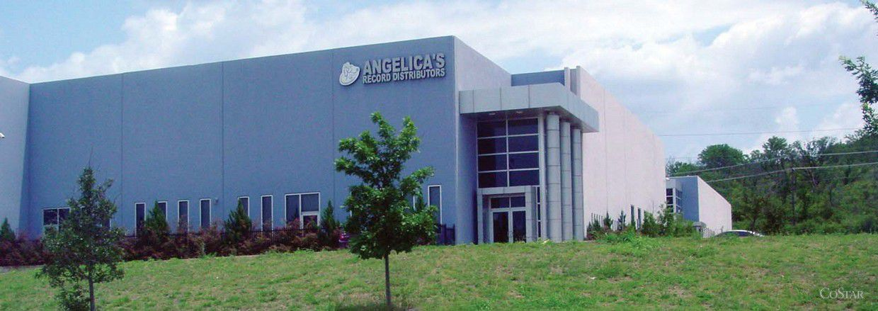 Investor J&H Texas LLC bought a 27,613-square-foot warehouse at 1380 N. Cockrell Hill in Dallas.