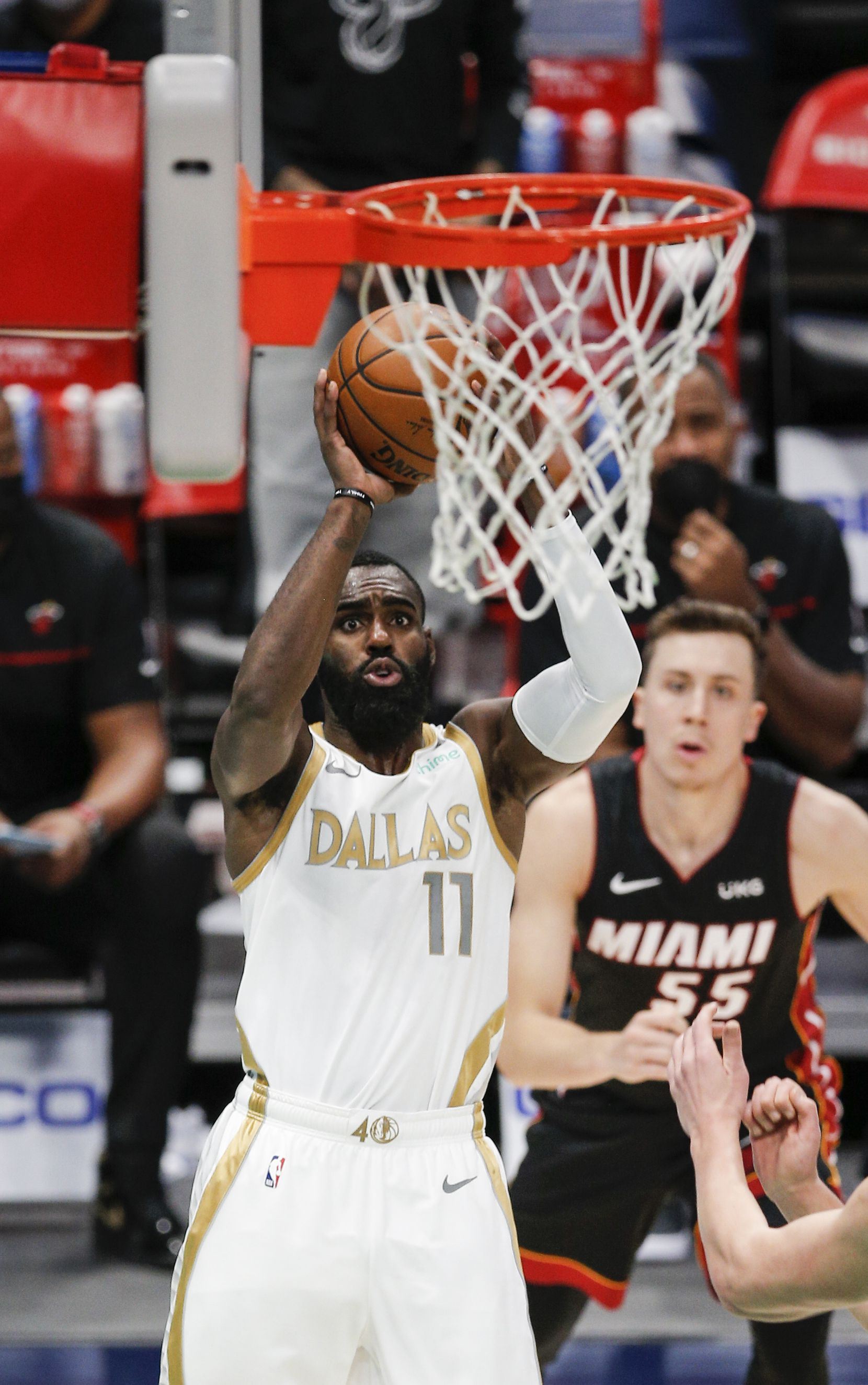Dallas Mavericks guard Tim Hardaway Jr. (11) attempts a shot during the second half of an NBA basketball game against the Miami Heat, Friday, January 1, 2021.  Dallas won 93-83. (Brandon Wade/Special Contributor)