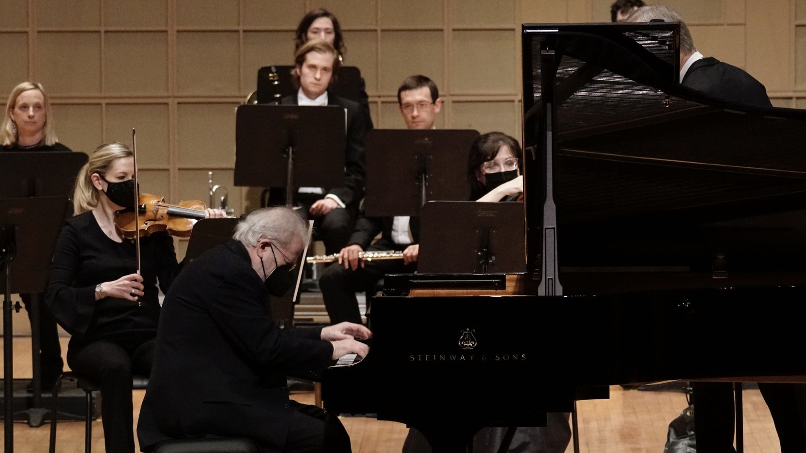 Pianist Emanuel Ax performs with the Dallas Symphony Orchestra at the Meyerson Symphony Center in Dallas on April 15.