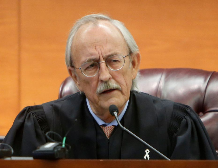 Judge Ken Molberg speaks during a court hearing at the George L. Allen, Sr. Courts Building in Dallas on Monday, Oct. 24, 2016. (Rose Baca/The Dallas Morning News)