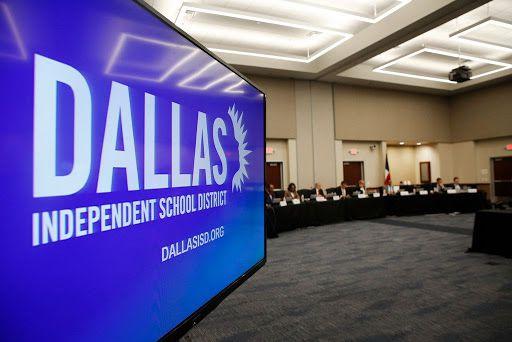 El Distrito escolar Independiente de Dallas.