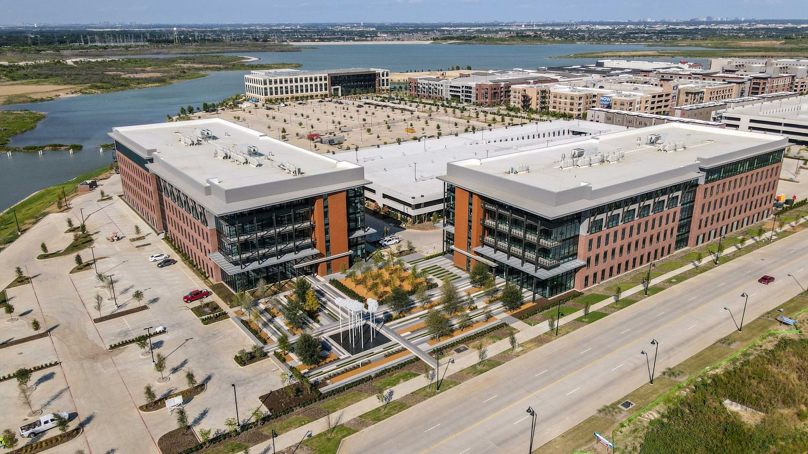 General Motors and Island Technology are opening offices at 3501 Olympus Boulevard in Cypress Waters.