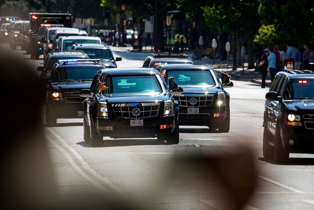 President Donald Trump's motorcade heads down Commerce Street toward The Adolphus Hotel for a fundraiser on Thursday, May 31, 2018, in Dallas. (Smiley N. Pool/The Dallas Morning News)